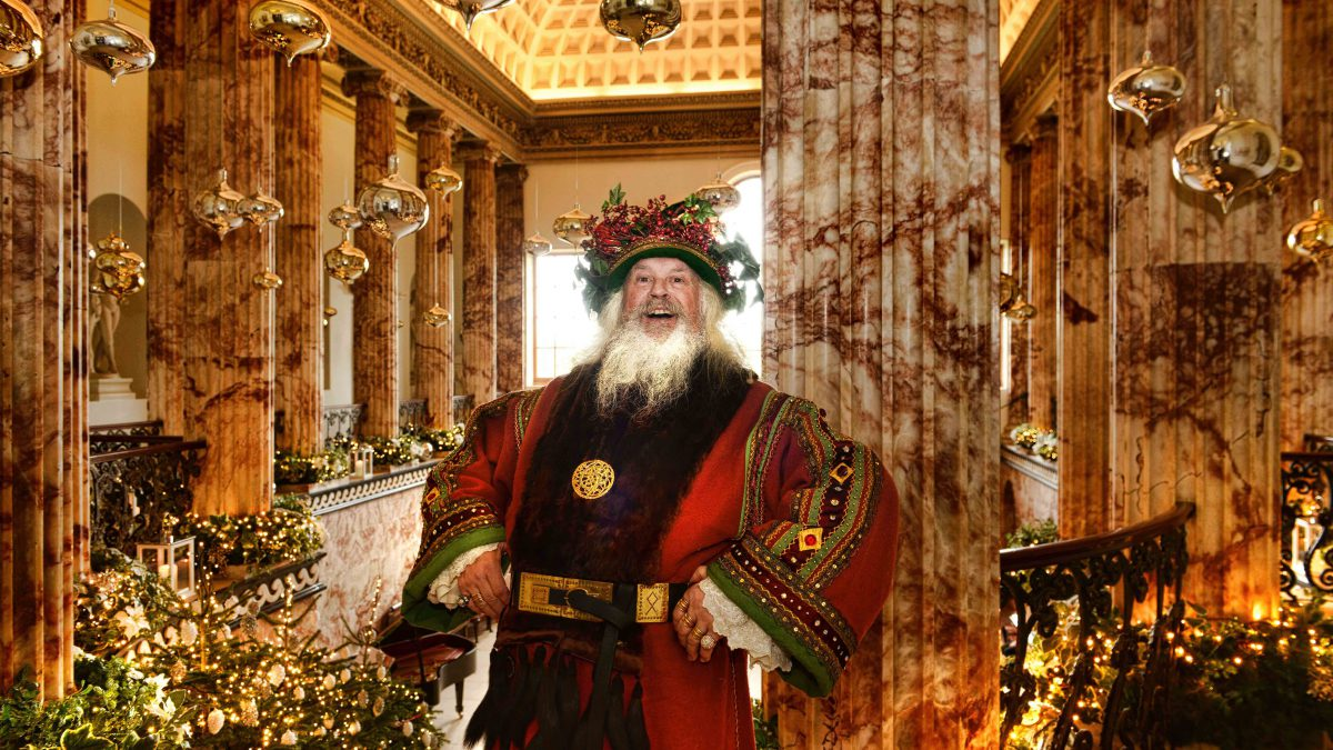 Christmas In England.Experience The Magic Of Christmas At The Treasure Houses Of